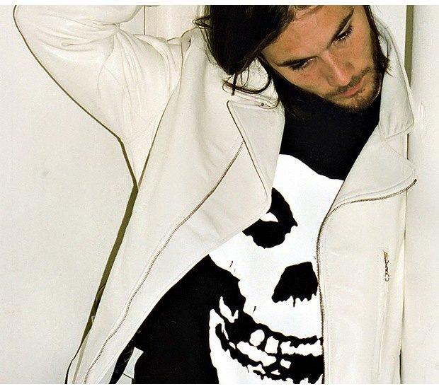 Марка Supreme и панк-группа The Misfits выпустили совместную коллекцию одежды. Изображение № 4.