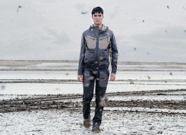 Марки Moncler и White Mountaineering анонсировали новую коллекцию одежды. Изображение № 16.
