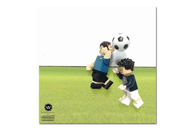 Малайзиец воссоздал исторические моменты футбольных чемпионатов из LEGO. Изображение № 3.