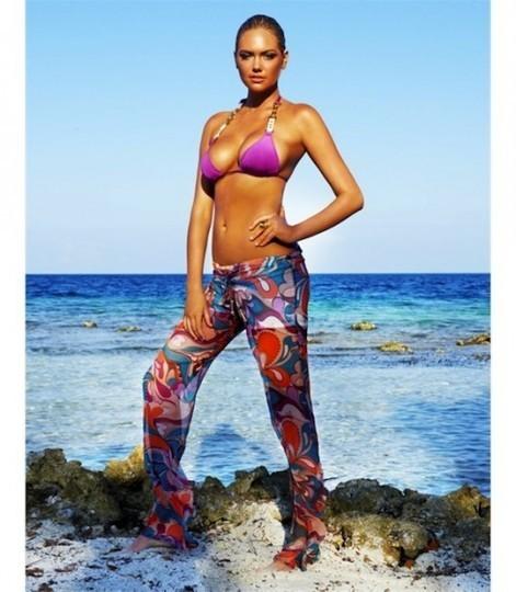 Модель Кейт Аптон снялась в рекламе купальников марки Beach Bunny . Изображение № 13.