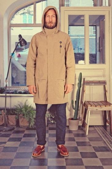 Марка Uniforms for the Dedicated опубликовала лукбук весенней коллекции одежды. Изображение № 6.