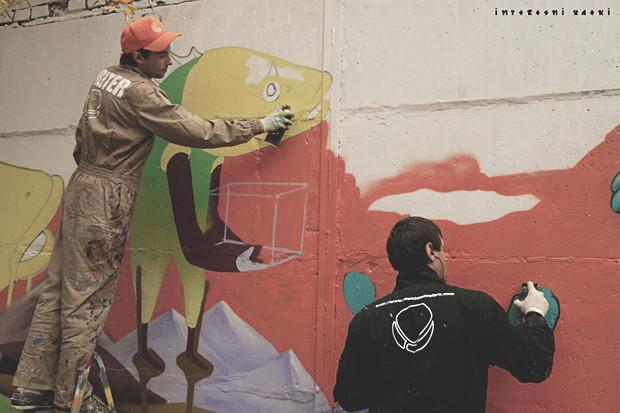 Interesni Kazki за работой. Фотография со страницы Flickr . Изображение № 2.