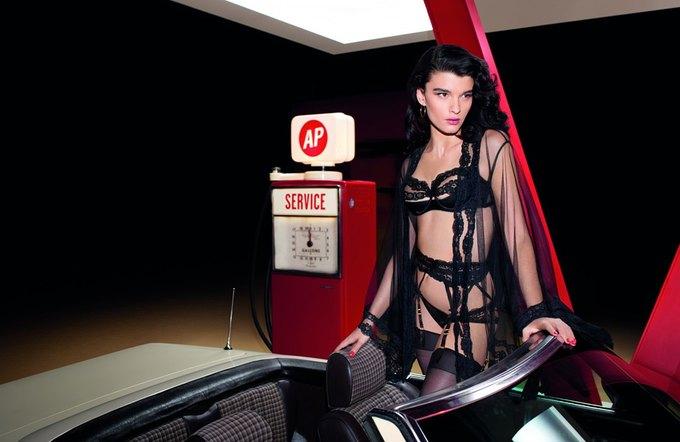 b288c65d2c187 Американская модель Кристал Ренн снялась в рекламе нижнего белья Agent  Provocateur. Изображение № 6.