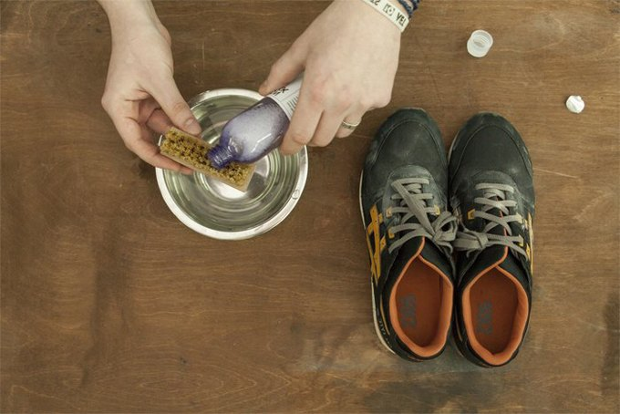 Совет: Как чистить кроссовки. Изображение № 5.
