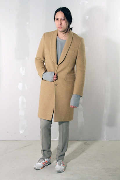 Марка Our Legacy выпустила лукбук осенней коллекции одежды. Изображение № 3.