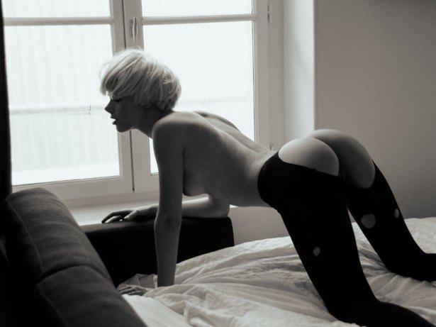 Российская модель Ольга Шулдык снялась для американского журнала Treats!. Изображение № 2.