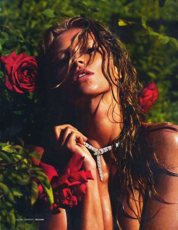 Жизель Бюндхен сфотографировалась для журнала Lui Magazine. Изображение № 8.