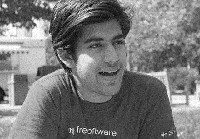 Почему о хакере Аароне Шварце должен знать каждый: Краткая история борца за свободу информации. Изображение № 3.