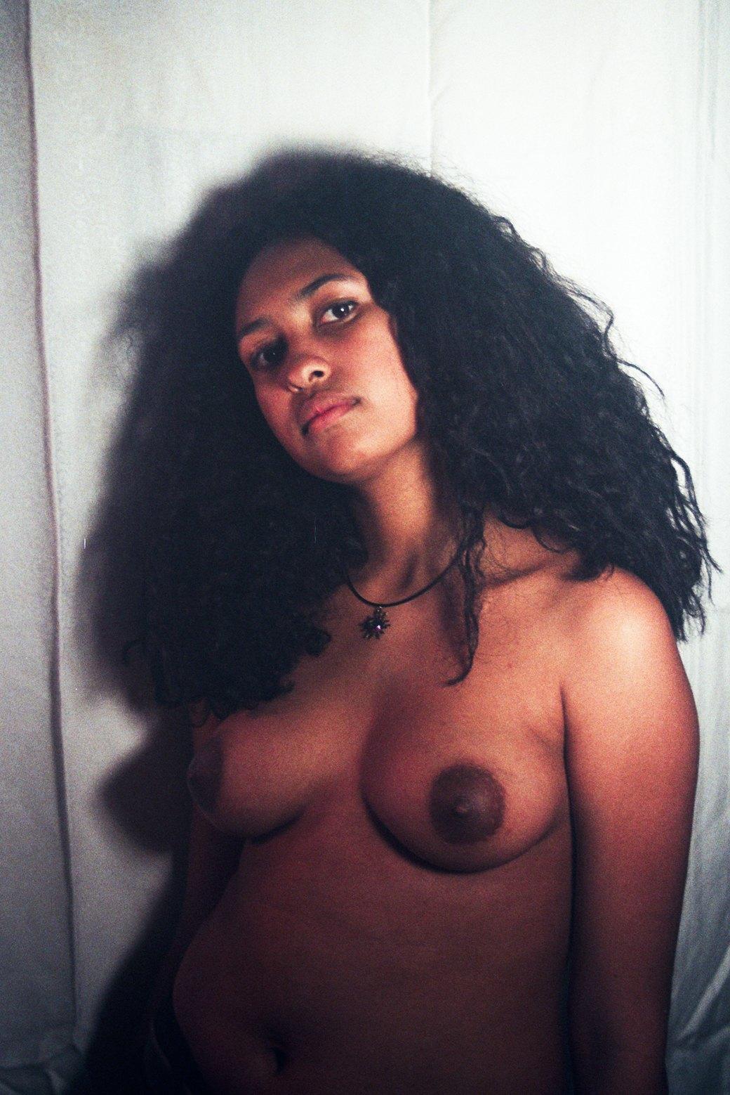 Фотопроект: Софи Дэй возвращает женщинам право на сексуальность. Изображение № 15.