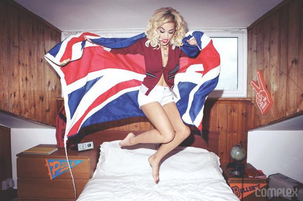 Певица Рита Ора снялась для журнала Complex. Изображение № 3.