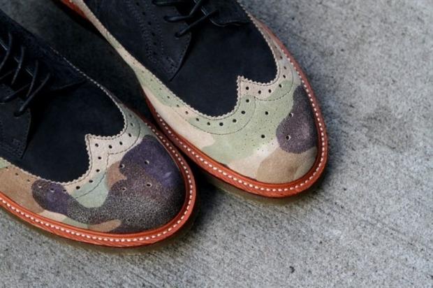 Дизайнер Ронни Фиг и марка Dr. Martens выпустили капсульную коллекцию обуви. Изображение № 10.