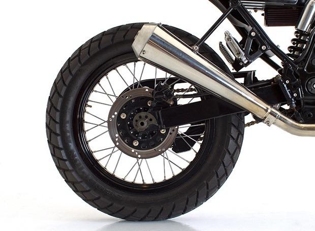Мастерская Deus Ex Machina выпустила кастомный мотоцикл на базе Suzuki DR650. Изображение № 7.