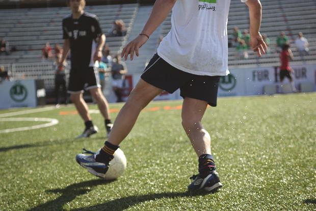 Детали: Репортаж с футбольного турнира магазина FOTT. Изображение № 18.