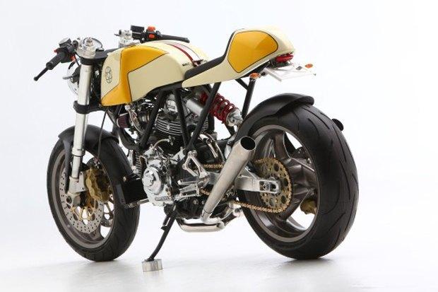 Мастерская Walt Siegl представила новый каферейсер на базе Ducati Monster 900. Изображение № 8.