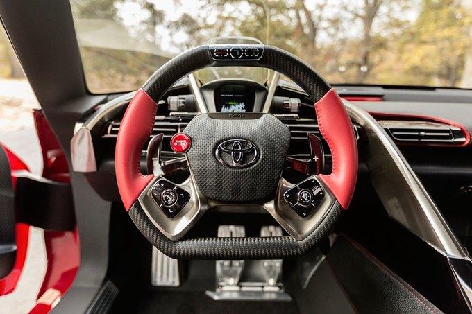 Toyota представила концепт спорткара FT-1. Изображение № 5.