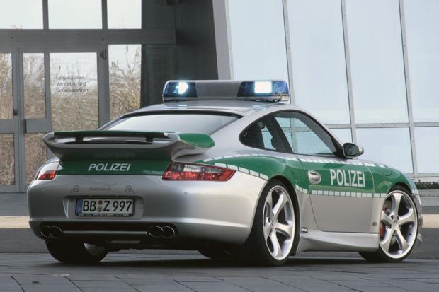 Полицейский беспредел: Самые навороченные авто на службе полиции разных стран. Изображение № 25.