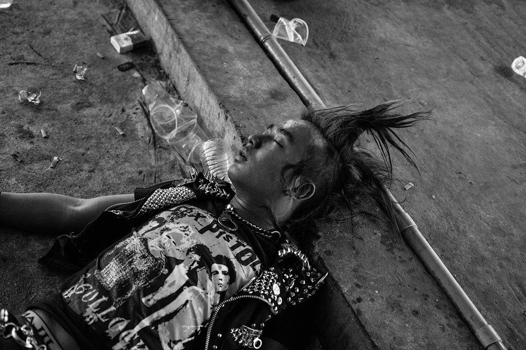 Панк в условиях военной диктатуры: Фотопроект Грега Холланда. Изображение № 5.