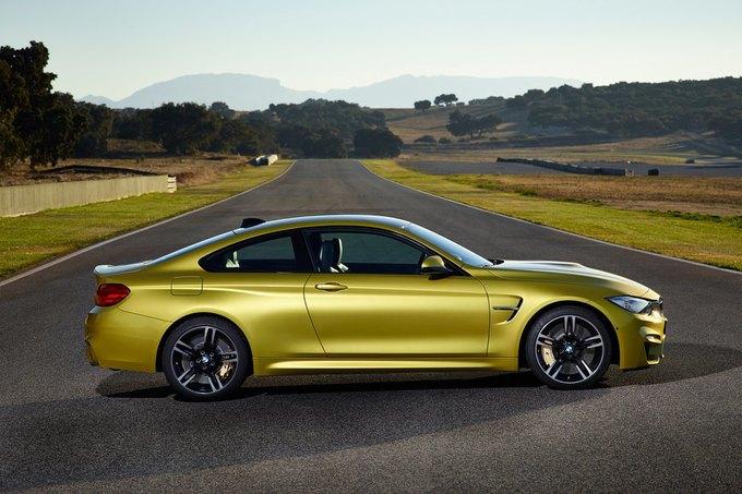 BMW представила новый седан M3 и купе M4. Изображение № 2.