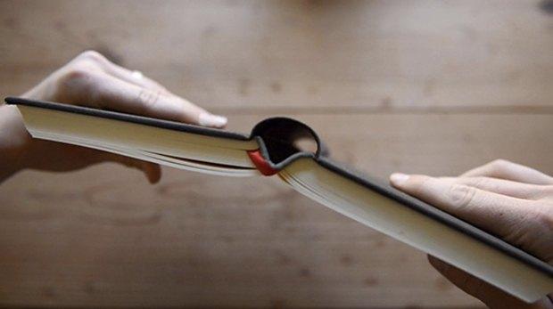 Калифорнийский дизайнер собирает деньги на «перезапуск» Библии. Изображение № 2.