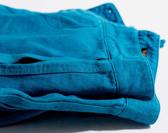 Nudie Jeans окрасили вещи из новой коллекции пигментом цветка вайды. Изображение № 18.