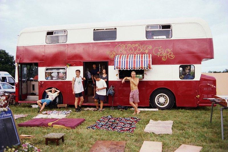 Бесконечное лето: Кочевая жизнь рейверов 1990-х. Изображение № 4.