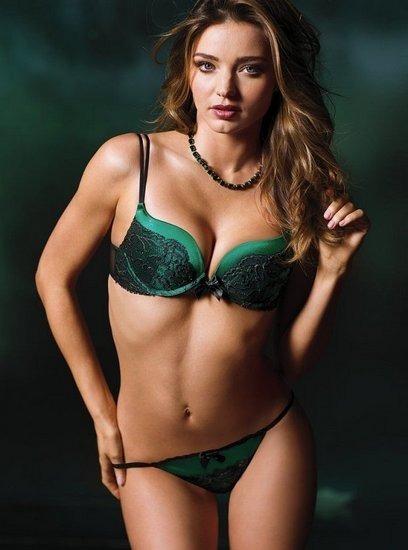 Модель Миранда Керр снялась в рекламе марки Victoria's Secret. Изображение № 3.
