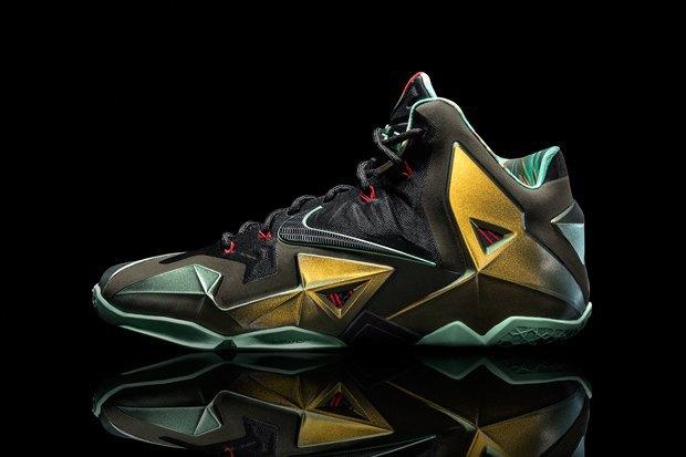 Баскетболист Леброн Джеймс представил новую именную модель кроссовок Nike LeBron 11. Изображение № 6.
