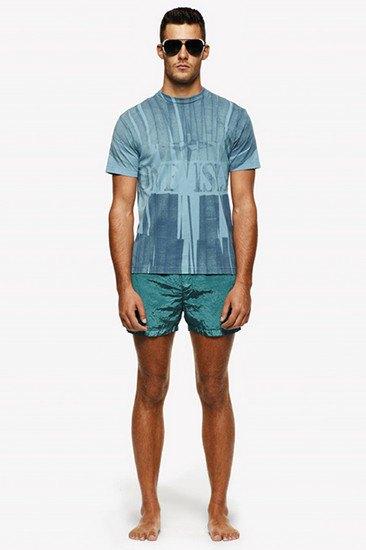 Марка Stone Island опубликовала лукбук весенней коллекции одежды. Изображение № 13.