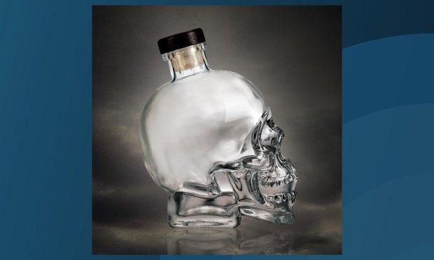 Шотландец восстановил лицо человека по черепу с бутылки водки Crystal Head. Изображение № 1.