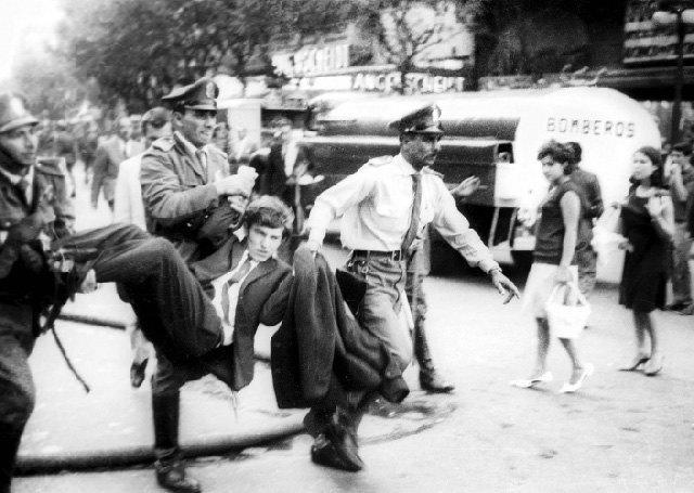 6 фотографов, расследовавших военные и политические преступления. Изображение № 2.