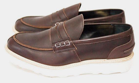Марки Cash Ca и Trickers выпустили совместную коллекцию обуви. Изображение № 10.