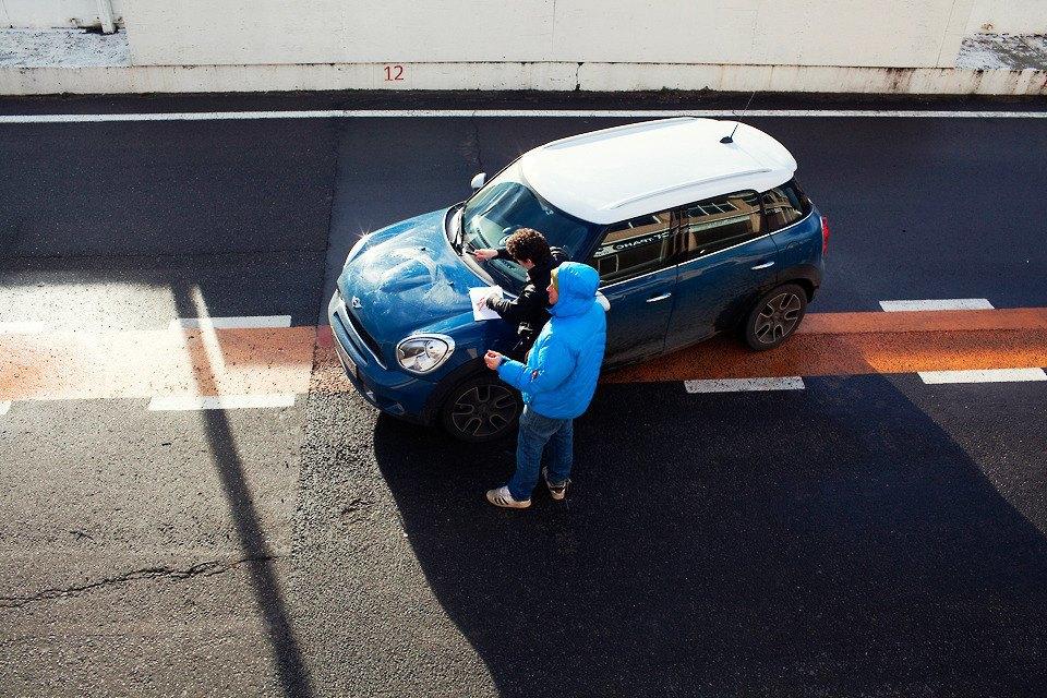 Сектор газа: Как я гонял по спортивной трассе. Изображение № 3.