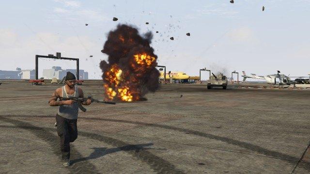 Агентство Media Lense: Фоторепортажи из горячих точек и бандитских районов в GTA V Online. Изображение № 24.