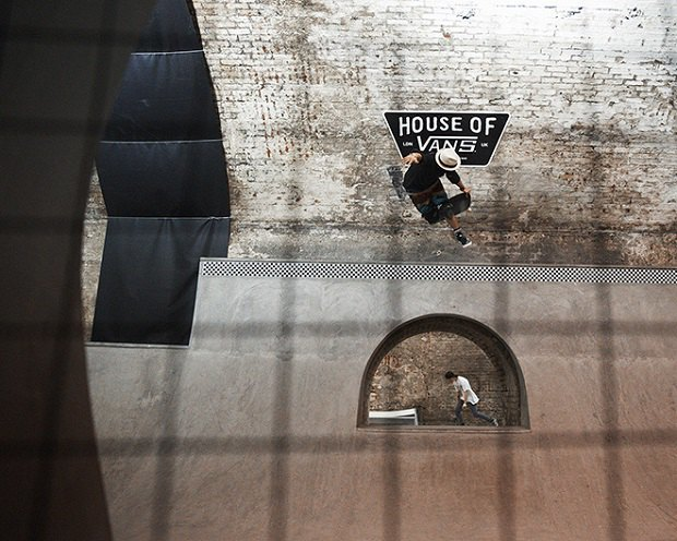 В Лондоне открылся большой скейт-парк The House of Vans. Изображение № 13.