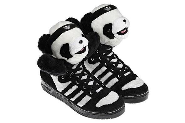 10 самых спорных моделей кроссовок 2011 года. Изображение № 4.