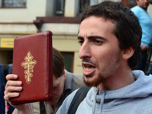 Православный активист Энтео задумался о запрете «Доты». Изображение № 1.