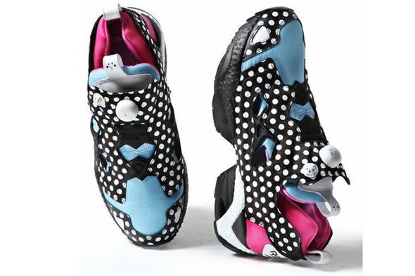 10 самых спорных моделей кроссовок 2011 года. Изображение № 14.