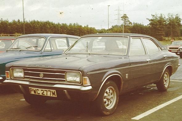 В семидесятые годы отец Марка Элея увлекался гонками на Ford Cortina. Изображение № 8.