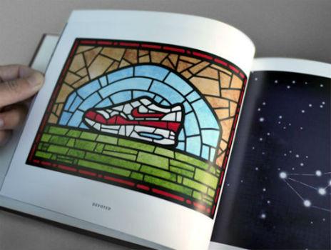 Книга иллюстраций, посвящённая кроссовкам Nike Air Max. Изображение № 3.
