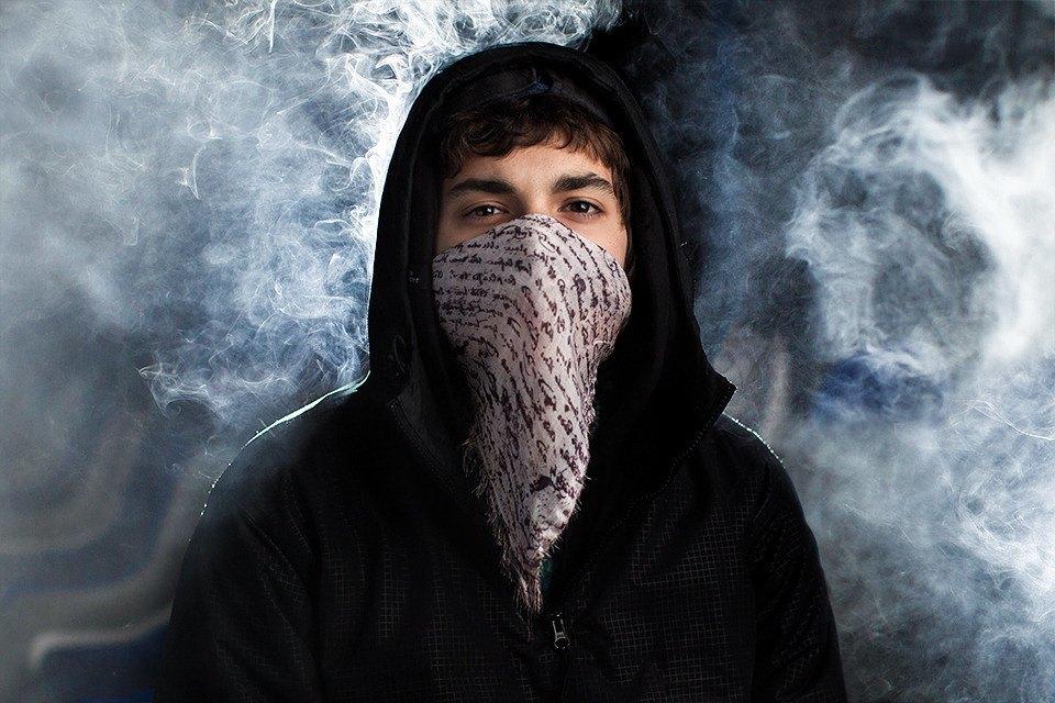 Дымовая завеса: Ревизия шейных платков. Изображение № 2.