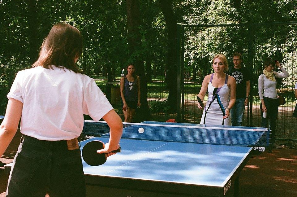Фоторепортаж: Женский турнир по пинг-понгу в Нескучном саду. Изображение № 24.