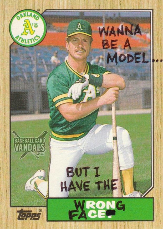 Baseball Card Vandals: Художники иронизируют над спортивными коллекционными карточками. Изображение № 10.