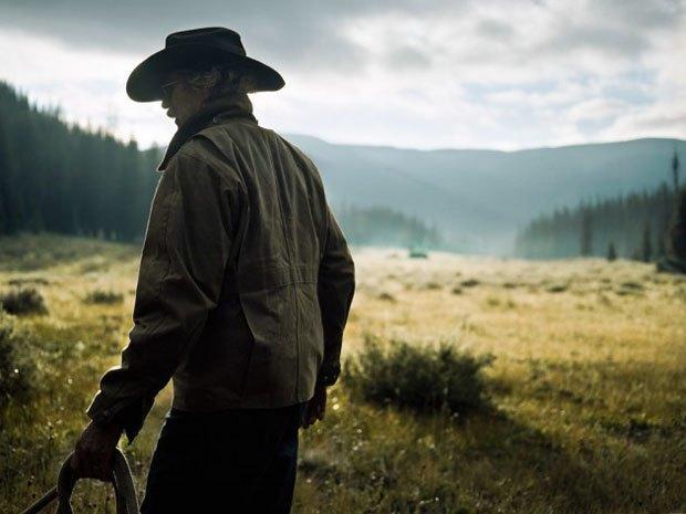 Марка Filson выпустила видео о путешествии своего покупателя по Колорадо. Изображение № 3.