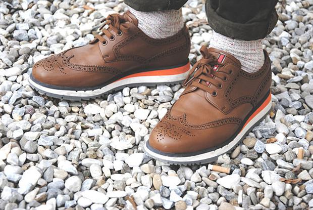 Как классическую обувь поставили на спортивную подошву и стоило ли это делать. Изображение № 1.