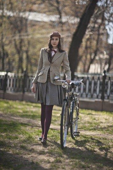 Организаторы велозаезда Tweed Ride Moscow опубликовали тематический лукбук. Изображение № 2.
