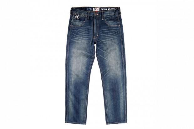 A Bathing Ape представила совместную коллекцию своей линейки Aape и джинсовой марки Wrangler . Изображение № 7.