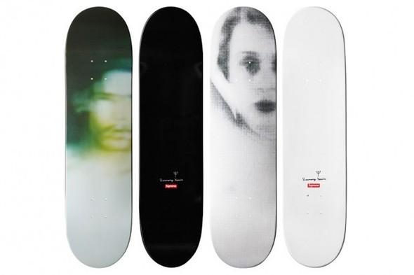 Две новых коллекции Supreme и линейка дек для скейтбордов. Изображение № 3.