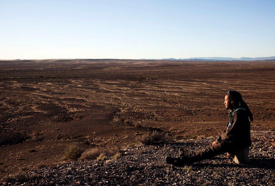 Как развлекаются посетители фестиваля Burning Man в африканской пустыне. Изображение № 20.