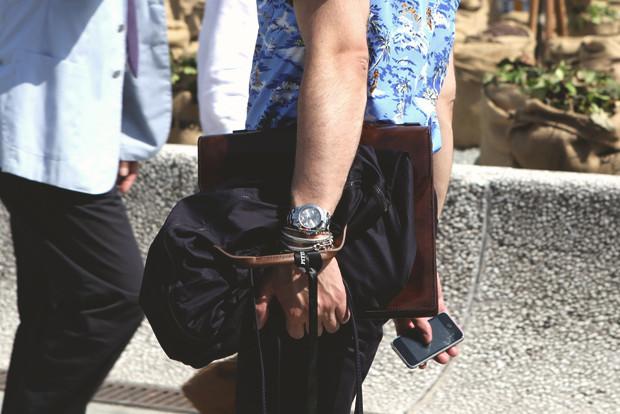 Детали: Репортаж с выставки мужской одежды Pitti Uomo. День первый. Изображение № 28.