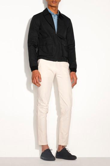 Марка A.P.C. опубликовала лукбук новой коллекции одежды. Изображение № 3.